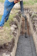 Zbrojenie ław fundamentowych może być wykonywane na budowie lub może zostać przywiezione gotowe na plac budowy.