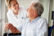 Jeżeli placówka gwarantuje zapewnienie odpowiedniej opieki, wojewoda wydaje zezwolenie i wpisuje placówkę do rejestru.